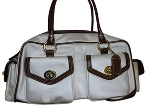 Coach White Brown Satchel in Off white/Brown