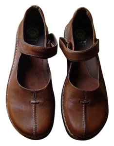 Earth Spirit Leather Size 9.5 Mary Jane Brown Flats