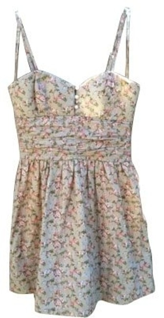 Preload https://img-static.tradesy.com/item/768/modcloth-tan-with-florals-short-casual-dress-size-4-s-0-0-650-650.jpg