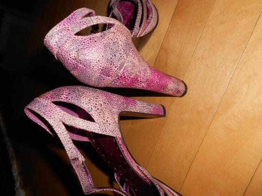 BCBGeneration Bcbg Heels Size 7.5 PURPLE Platforms