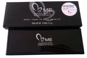ME MAKEOVER ESSENTIALS SIMPLY THERE LIP & EYE COLOR KIT new