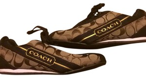 Coach Darks brown tan Athletic