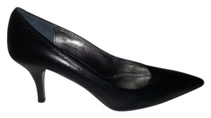 Coach Made In Italy Pointed Toe Black Pumps