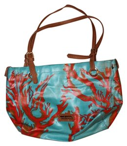 Sakroots Tote in blue, red, tan