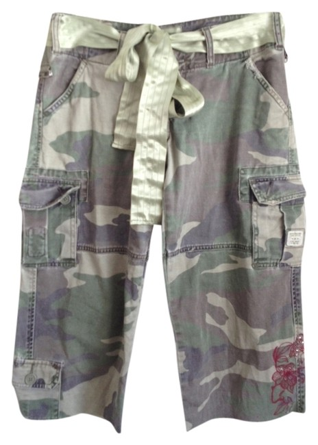 Abercrombie & Fitch Capris Camouflage