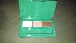 Clinique Clinique Colour Surge Eye Palette Trio EyeShadow Strawberry Fudge / Sugar Sugar
