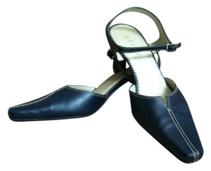 Unisa Premium Leather Leather Detail Classic Stiching Detail Navy Pumps