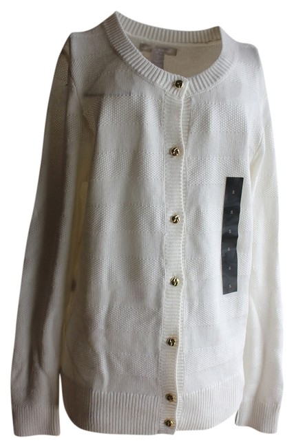Preload https://img-static.tradesy.com/item/769814/banana-republic-white-with-gold-buttons-sweaterpullover-size-6-s-0-0-650-650.jpg