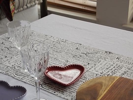Black and White French Script Wht Table Runners Tablecloth Image 6