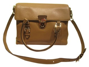 Kate Spade Tan Pebbled Satchel in Putty