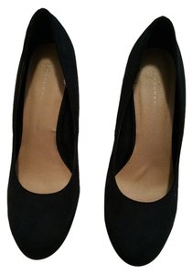 LC Lauren Conrad Suede Black Pumps