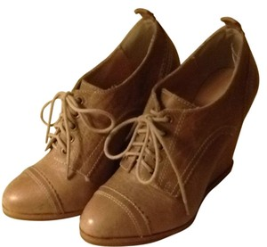 Aldo Shoes Heels Heel Laces Lace Up Oxford Tan Brown Taupe Wedges