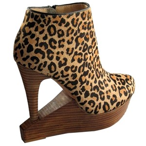Matiko Cut-out Platform Animal Print Leather Round Toe Leopard Haircalf Boots