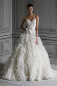 Monique Lhuillier Legend Wedding Dress