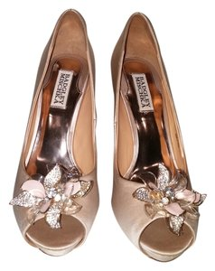 Badgley Mischka Party Sparkle Crystal Cleone Cream Formal
