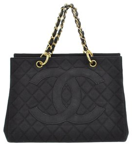 Chanel Gst Gst Quilted Chain Tote in Black