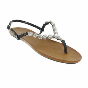 Red Circle Footwear Flat Thong Ornament Black Sandals