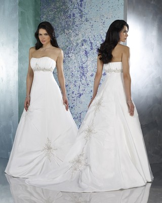 Forever yours international 46223 wedding dress on sale for Forever yours international wedding dresses
