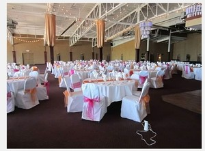 White 234 Polyester Rounded Banquet Chair Covers Reception Decoration