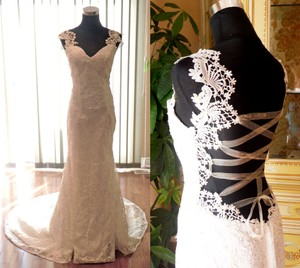 New Ivory Wedding Dress - Trumpet With Beaded Venice Lace Wedding Dress