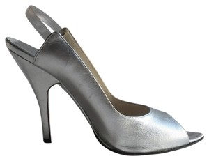 Gucci Sexy Slingback Pointy Silver Pumps