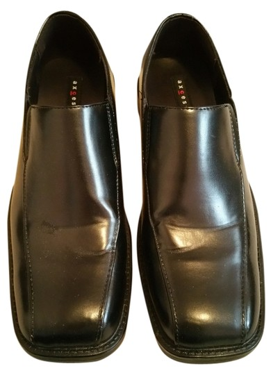 Axcess A Claiborne Black Slip On Shoes
