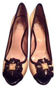 Vince Camuto Peep Toe Tan/beige with black Pumps