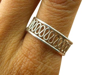 CROSSINGWEST Vintage Wavy Cut Out Band Sterling Silver 925 Ring Size 9.25 (1.7g)
