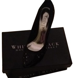 Sale!!! White House | Black Market Pumps