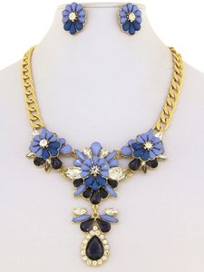 Unknown Crystal Floral and Teardrop Design Statement Necklace Set