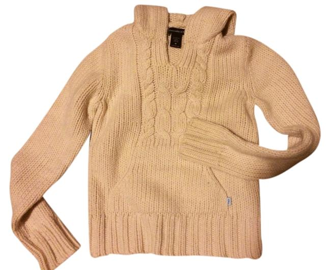 Preload https://img-static.tradesy.com/item/772469/abercrombie-and-fitch-cream-sweaterpullover-size-8-m-0-0-650-650.jpg