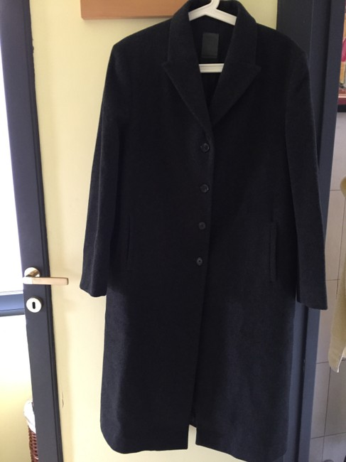 Loro Piana Fine Wool. Made In Italy Luxury Goods Finest Tailoring Rome Coat