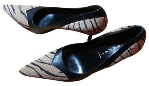 Black and Tan Zebra Pony Hair Pumps