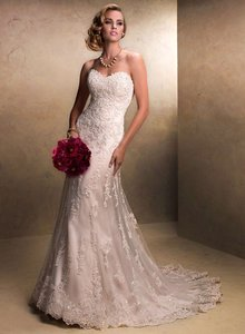 Maggie Sottero Ivory Wedding Dress Size 2 (XS)