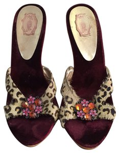 Hale Bob Burgundy and tiger print Sandals