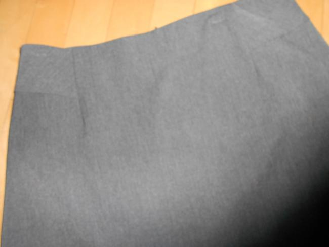The Limited Casual Size 6 Skirt GRAY