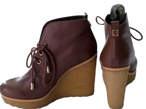 Tory Burch Brown (New Vicuna 288) Boots