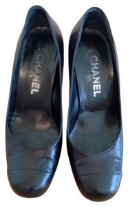 Chanel Cc Logo Heels Leather Black Pumps