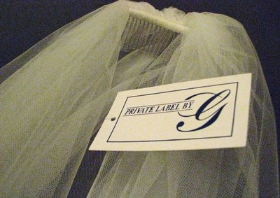 Brand New Private Label By G Ivory 2 Tier Wedding