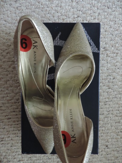 Anne Klein Gold Pumps