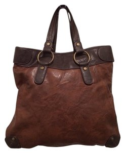 Axcess Tote in Brown
