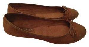 Nine West Patent Leather Preppy Ballet Camel Flats