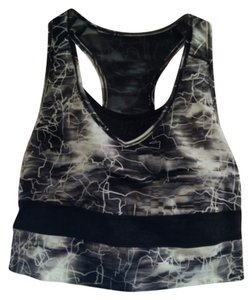 Puma Puma WT Clash Crop Sports Bra
