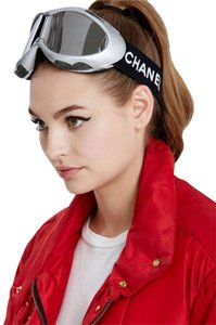 8b98edd041cf Pink Chanel Accessories - Up to 70% off at Tradesy