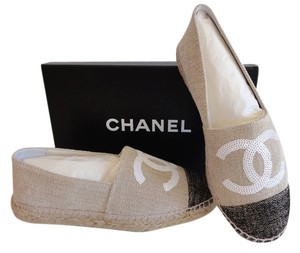Chanel Espadrilles Canvas Espadrilles Size 39 Nib Size 39 Canvas Linen Cap Toe Cc Espadrilles With White Sequin Double beige black Flats