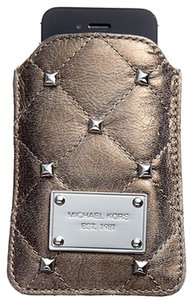 Michael Kors Michael Kors Quilted Studs Leather Phone Case in Nickel