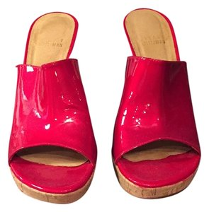 Stuart Weitzman Red with cork Mules