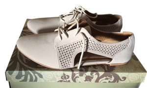 Charlotte Russe Taupe Flats