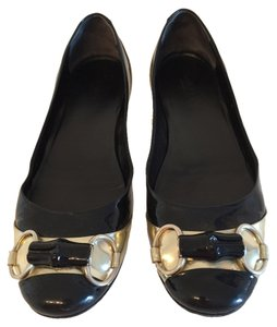 Gucci black/gold Flats