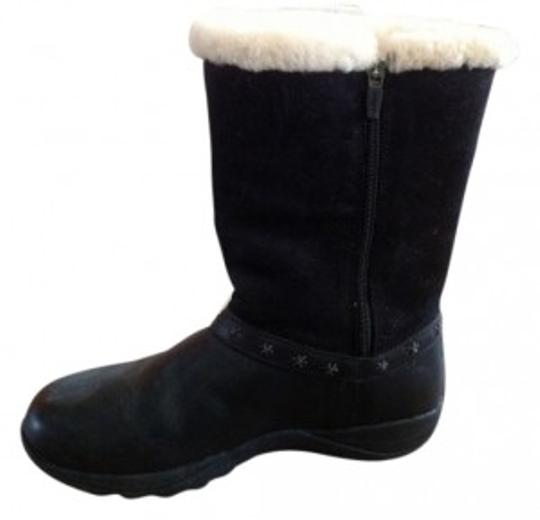 Preload https://item3.tradesy.com/images/black-insulated-comfort-bootsbooties-size-us-8-7807-0-0.jpg?width=440&height=440